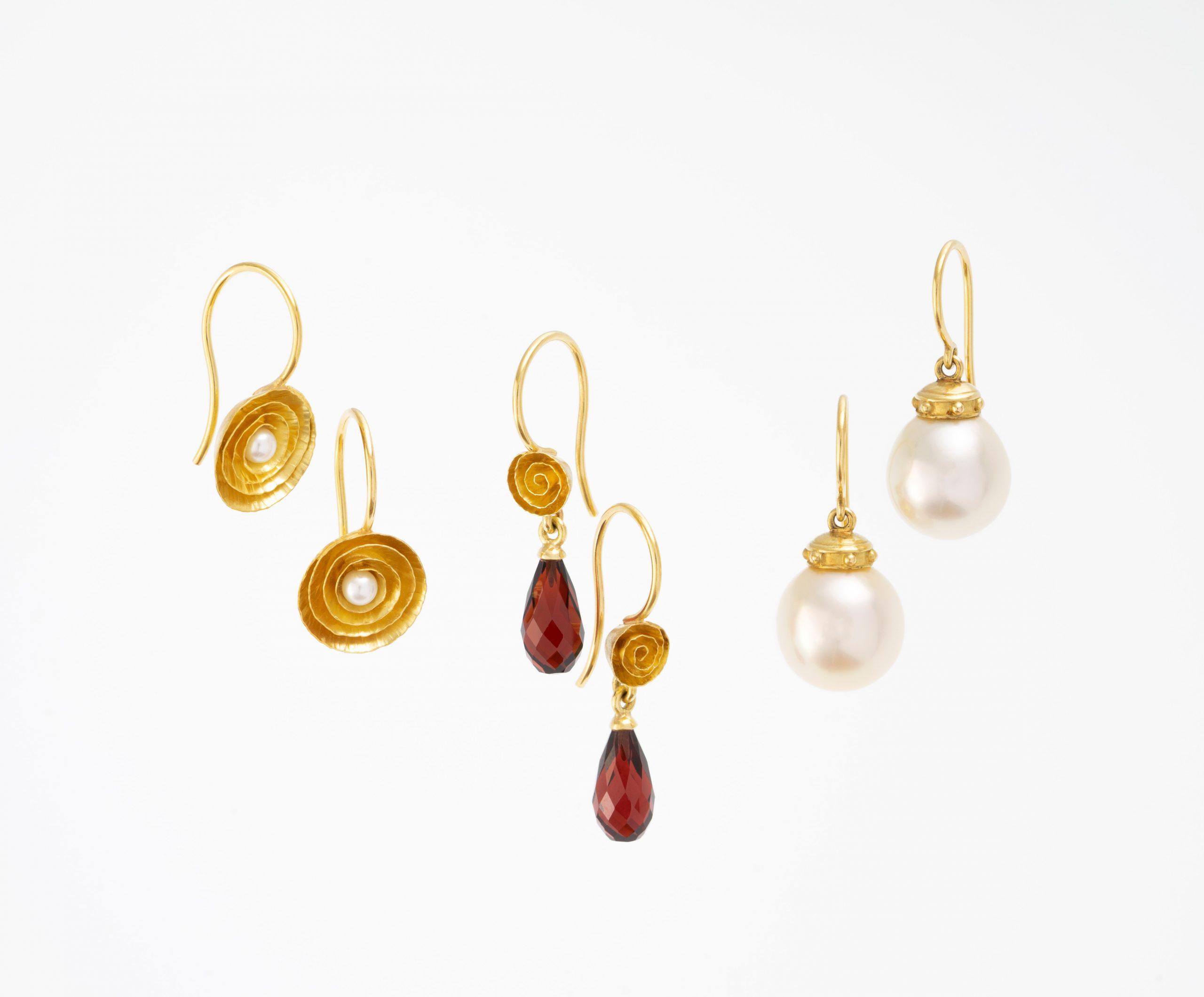 Ohrringe-Ohrschmuck-gelbgold-Goldschmiede-Christiane-Oexl