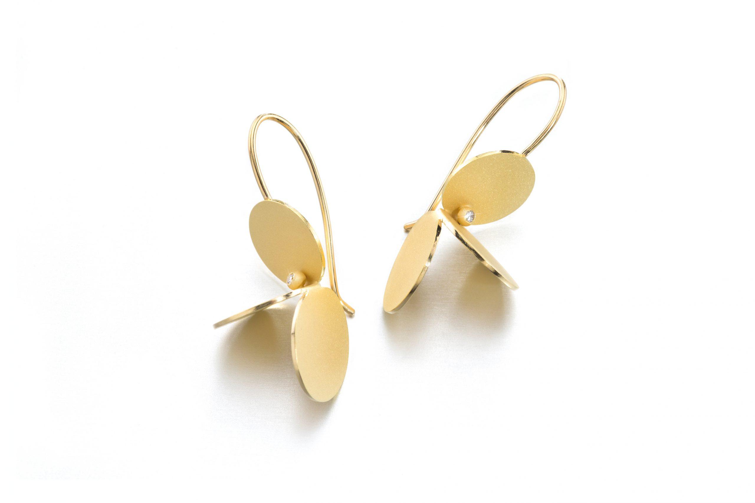 Taublatt-Ohrring